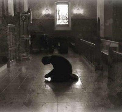 Resultado de imagem para rezando joelho